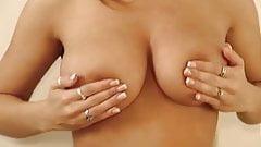 nXkkX topless shoot