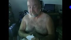 Nice daddy cumming on cam