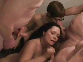 Amateur group houseparty