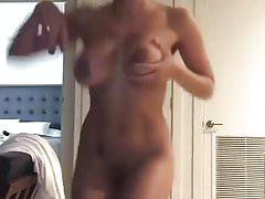 Nude sexy girl dancing on drakes song Thumbnail