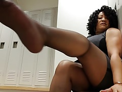 Sexy black mature nylon feed Thumbnail