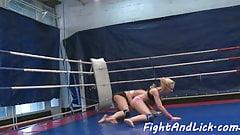 Wrestling dyke pussylicked in closeup