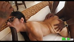 Mia Khalifa Interracial Threesome