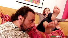 Amanda VS Ale - Femdom Pussy and Foot Licking's Thumb