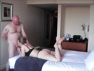 32yo British Ex-GF Hotel meet - first fuck of the night!