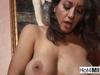 MILF with big tits wants a facial