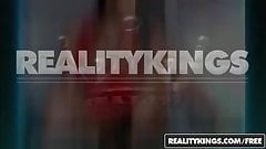 RealityKings - Round and Brown