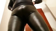 cameltoe latex