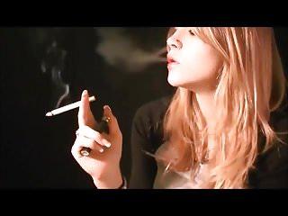 Mika smoking 2 at once