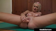 Blonde Babe Natalia Starr Works Out & Bangs Her Wet Pussy!