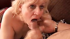 Big beautiful old spunker gives an amazing sloppy blowjob