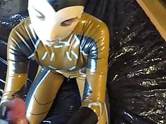 Latex Danielle try make cum to latex mask face