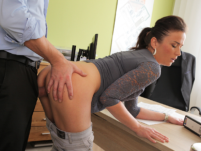 Free download & watch loan k fraces likes new loan agent so agrees to fuck for          porn movies