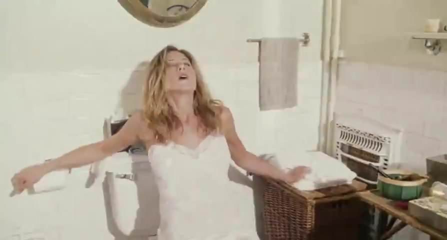 Peliculas Porno Jennifer Aniston Bruce Almighty Bathroom