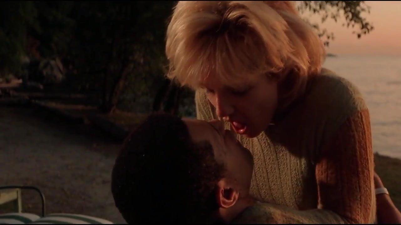 Ellen barkin sex scenes