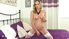 Good mature mom wants to be bad girl
