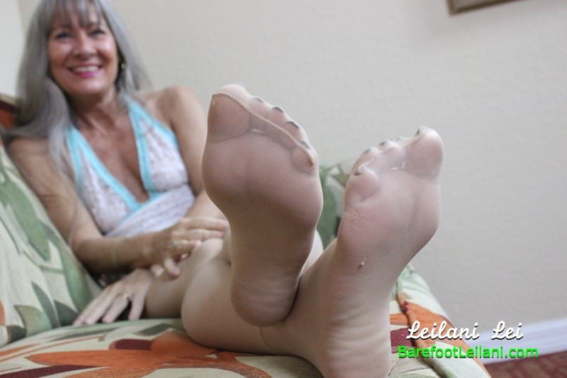 Free pantyhose porn trailers