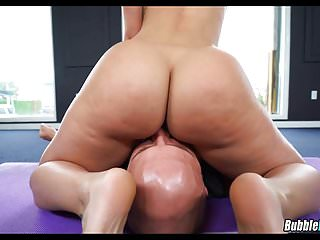 Jada Stevens does Yoga