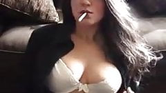 Elizabeth Douglas vogue 120s cigarette webcam's Thumb