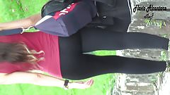 morena extremamente gostosa de legging preta 2