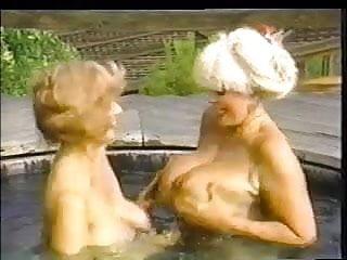 Classic Scene Classic Ladies