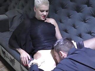 Amy Pink die Muschi geleckt bis zum Orgasmus