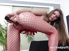 Wetandpuffy - Easy Access - Cherry Pussy