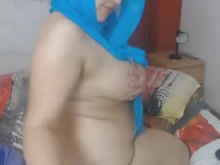 Preview 6 of Arabe big tits webcam