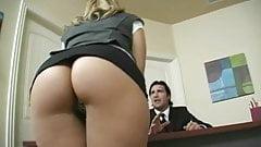 secretaria Brianna Love dando o cu gostoso
