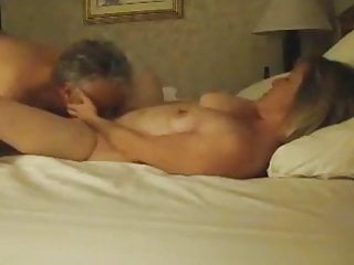 Download video bokep Slender Mature Cutie Gets Her Pussy Eaten on Hidden Cam Mp4 terbaru