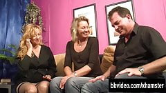 Blonde bitch fuck a guy in threesome