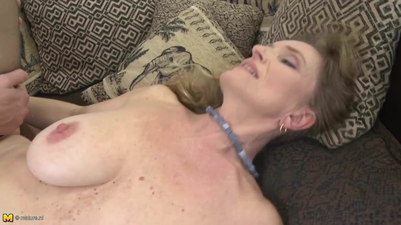 Sexy Mature Mothers Seduced By Young Lovers Free Porn 7F-8987