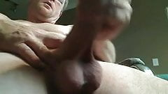 WATCH DADDY CUM FROM UNDERNEATH