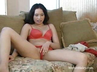 Sasha Yung finger bangs her Asian bush