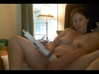 Beautiful Young Bbw Buzzes Cums With Her Wand