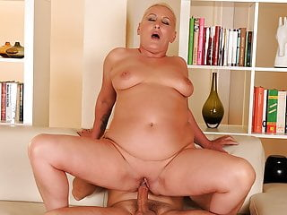 Chubby granny has dripping wet pussy