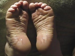 Lin S Wide Dry Soles Take  Loads