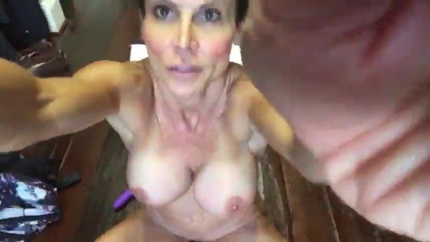 Amateur handjobs and cumshots