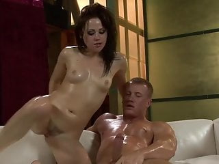 Sindee Jennings loves to feel cum on face