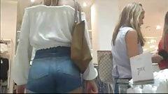 Amazing hot ass in shop