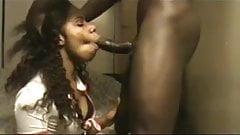 Negroe deep suck training 01