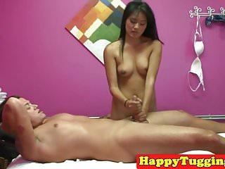 Oriental masseuse pussy fucked on spycam