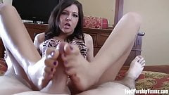 My sexy pink toes turn her on so much's Thumb