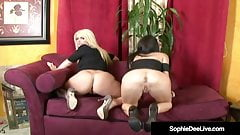 UK Sophie Dee & Jessica Jaymes Spread Their Legs On Cam!'s Thumb
