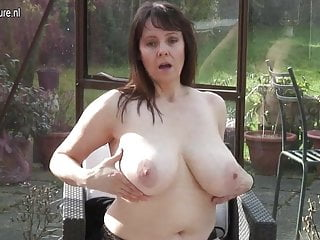 Amateur granny with big tits and hungry cunt