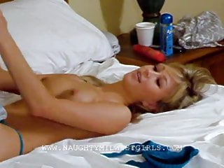 Kasia Kassia Plays With The Orange Dildo