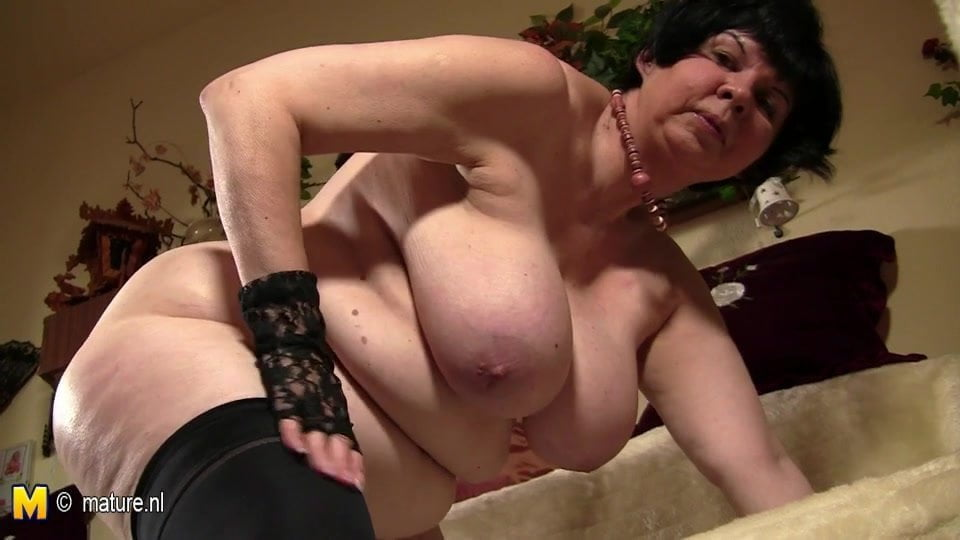Big Titted Granny Showing Her Old Cunt, Porn D1 Xhamster Ru-3608