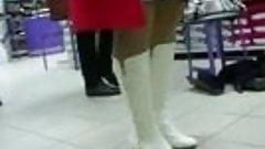 Mall upskirt stockings vid