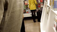 Candid Girl In Yellow Coat Tights And Black Leather Boots !!