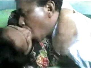 Download video bokep indonesia-  om yang sudah gak tahan lagi Mp4 terbaru